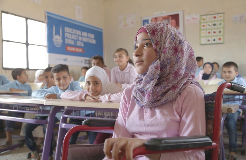 IR Syria - School girl